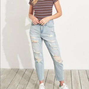 Hollister Ultra High Rise Distressed Mom Jeans 29